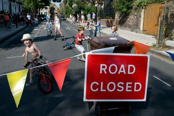 Image 12 Temporary closure Hackney Play