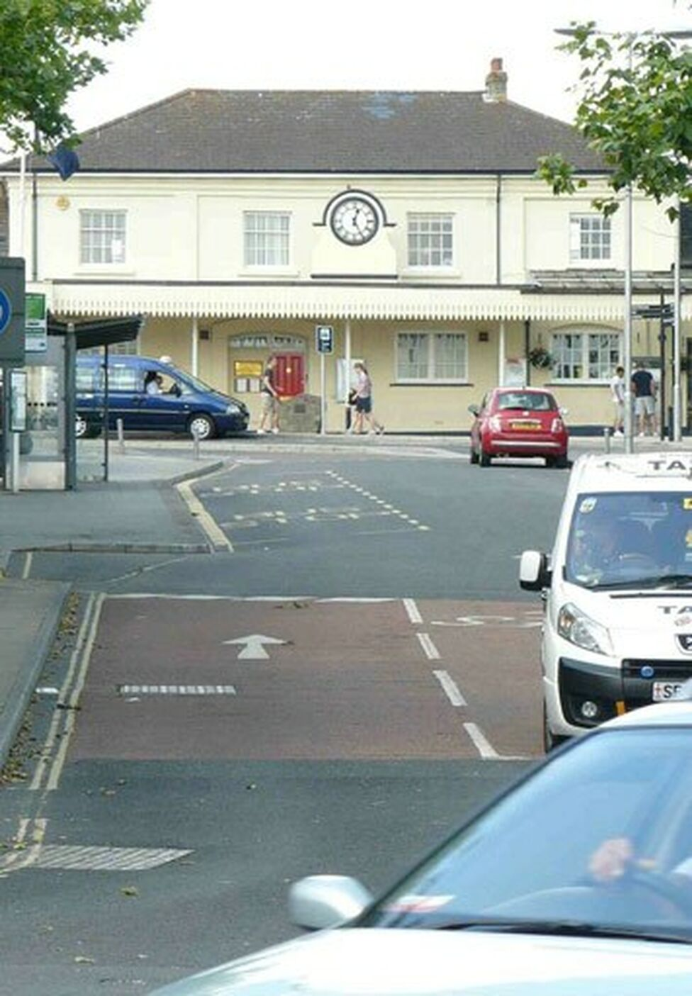 Winchester-station-Featured